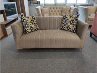 Averio II kanapé